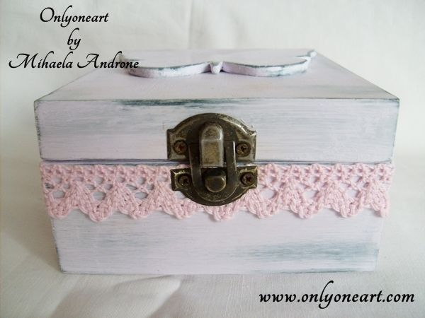 Onlyoneart by Mihaela Androne | Butterfly shabby box - cutie shabby chic - Onlyoneart by Mihaela Androne