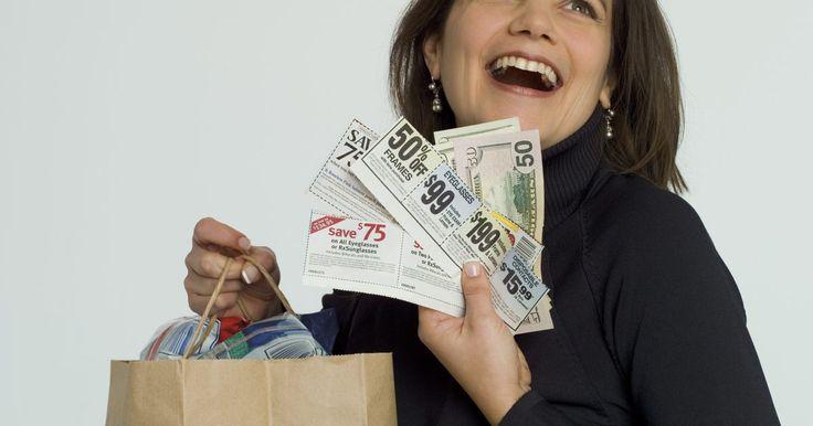 Utilizar cupones cuando realizas las compras es una gran forma de maximizar tu poder de consumo y ahorrarte dinero al mismo tiempo. El alimento es una porción principal del ...