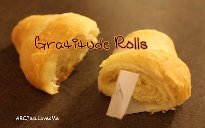 Thanksgiving Traditions: Gratitude Rolls: Thanksgiving Traditional, Fun Food, Thanksgiving Ideas, Outs Of Sync Life, Gratitude Rolls, Holidays Ideas, Thanksgiving Traditions, Implement Traditional, Outofsync Life