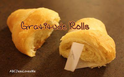 Thanksgiving Traditions: Gratitude Rolls