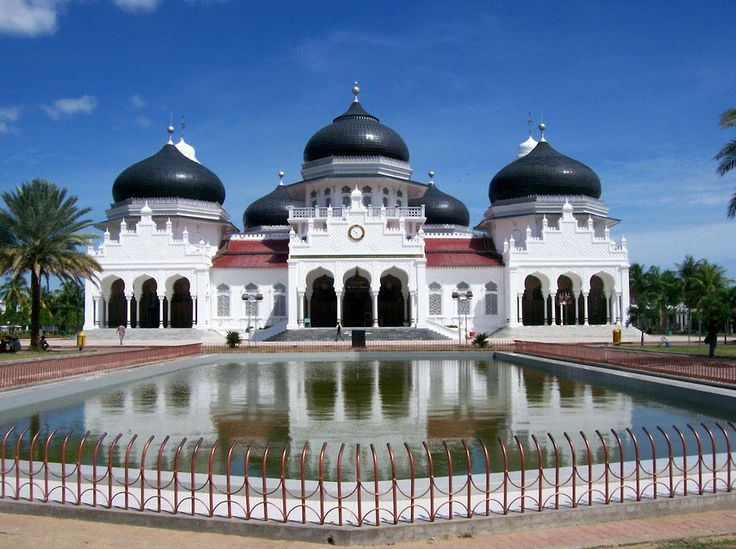 Masjid-Raya-Baiturrahman-wisata-banda-aceh