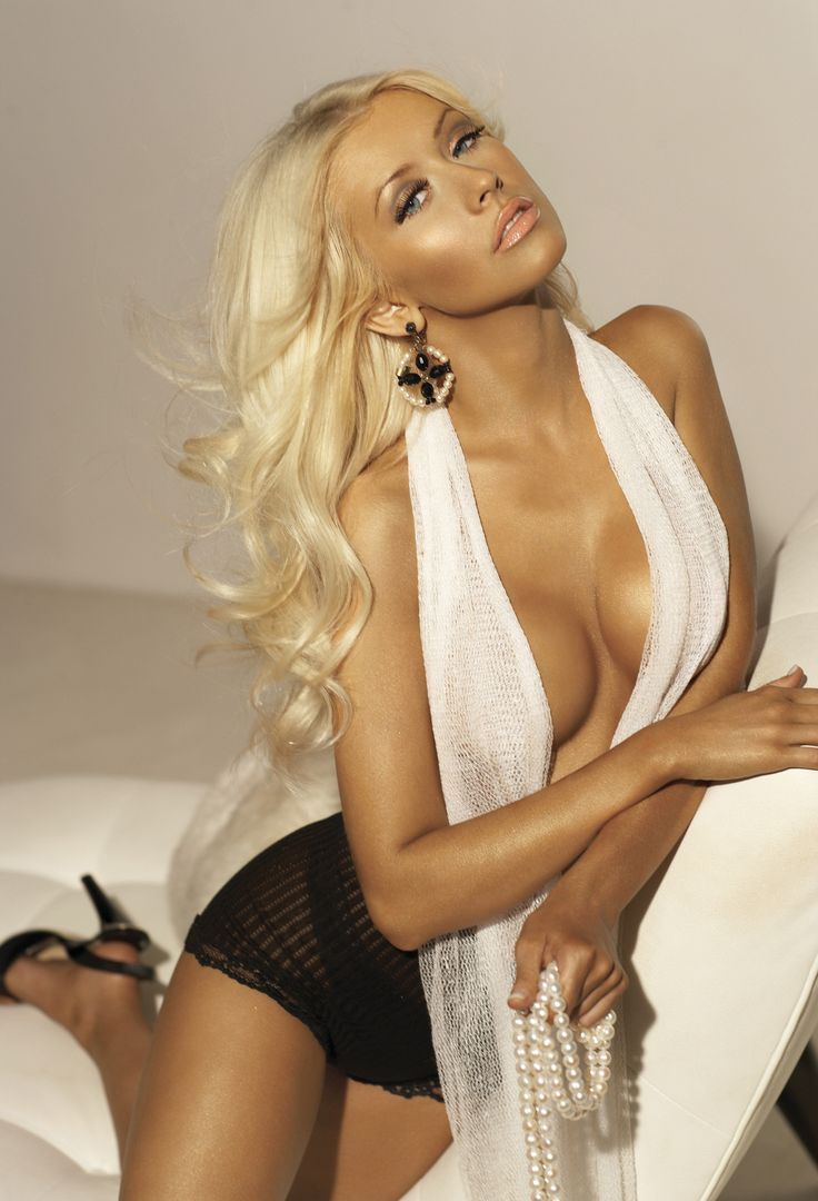 227 best Christina Aguilera images on Pinterest | Christina ...