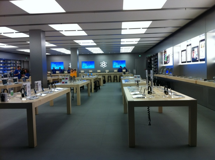 Apple-store-velizy-2-france