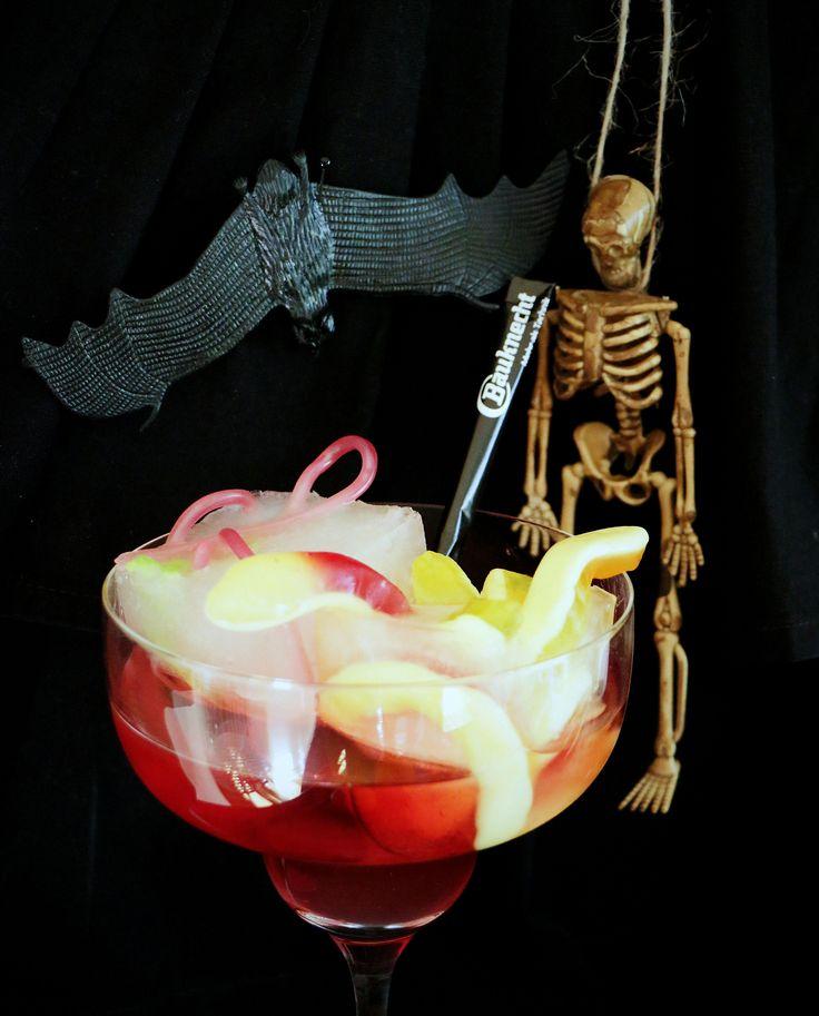 Disgusting worms in a glass / Ekelwürmer im Glas  #Halloween #Bauknecht