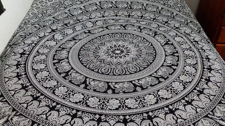 Mandala throw from www.mandaladreaming.com only $49.99 including shipping!