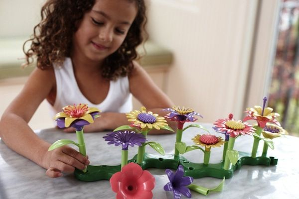 Make your own plastic garden from green toys| Last Minute Holiday Deals On Green Toys With Amazon Prime