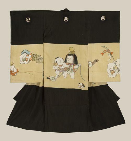 A plain silk miyamairi kimono used for christening a baby boy at a Shinto ceremony, featuring various yuzen-dyed 'karako' figures.  Mid-to late Meiji Period (1880-1911), Japan.  The Kimono Gallery.