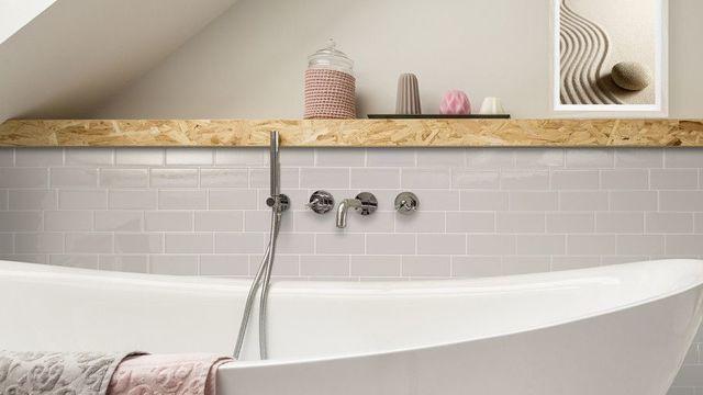 Carrelage Adhesif Sol Mural Cuisine Salle De Bain Nos Conseils Miroir Adhesif Mural 22582 Adhs In 2020 Bathtub Bathroom Home