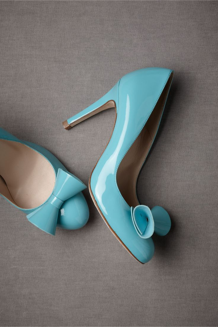 ohsodarling. baby blue bows