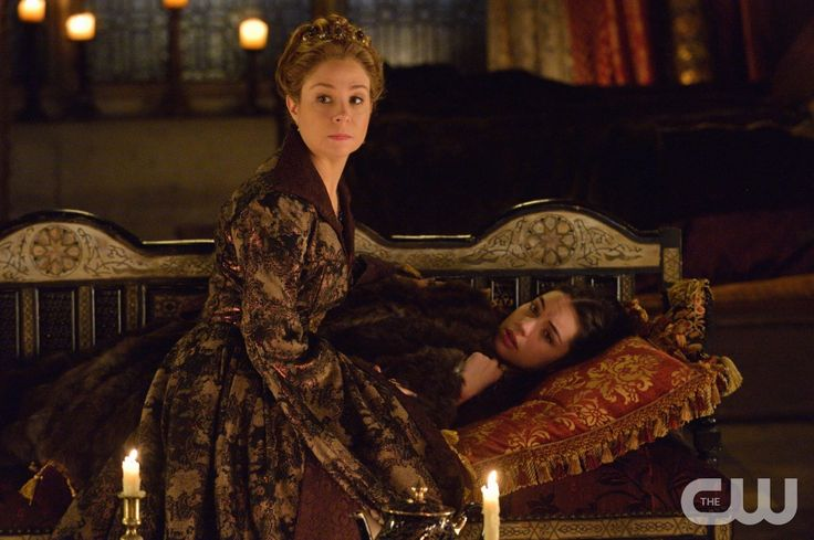 "Reign -- ""Acts of War"" -- Image Number: RE209b_109.jpg -- Pictured (L-R): Megan Follows as Catherine de Medici and Adelaide Kane as Mary, Queen of Scotland and France -- Photo: Ben Mark Holzberg/The CW -- © 2014 The CW Network, LLC. All rights reserved."