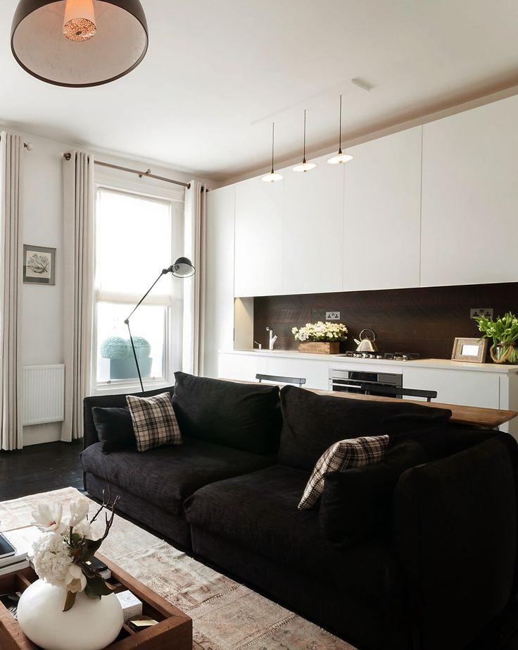 Uno de los estilos decorativos que están más de moda, es el estilo nórdico. El estilo nórdico, es un estilo originario de Suecia, Noruega y Dinamarca que se caracteriza por ser un estilo de decoración muy limpio, sencillo a la vez que funcional. En líneas generales, la decoración nórdica se rige...