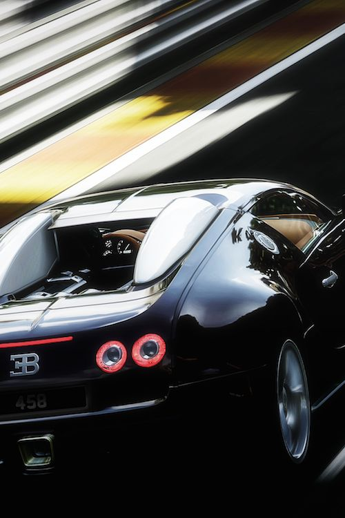 the outrageous bugatti veyron sexy cars and sports. Black Bedroom Furniture Sets. Home Design Ideas