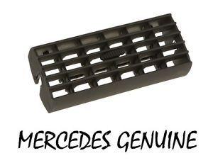 a new mercedes genuine w201 190e 190d air vent center 201 830 02 74