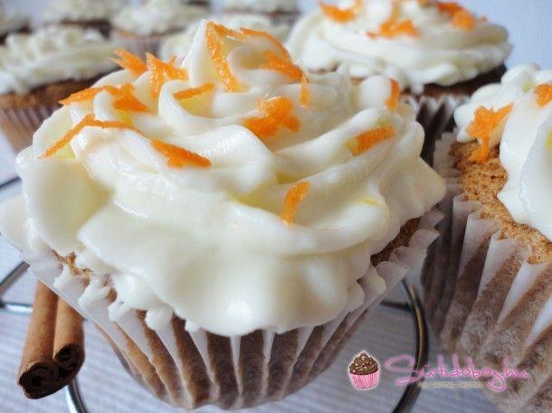 Répatorta muffin citromos krémmel