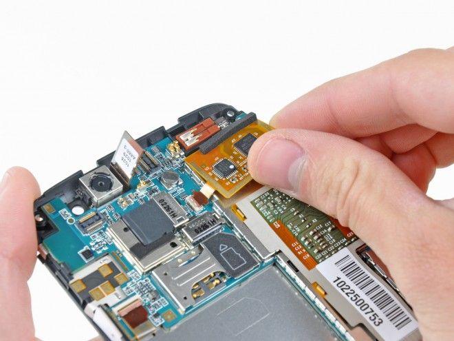 Call @ 9811133133 For More information for mobile repairing course in laxmi nagar, Delhi