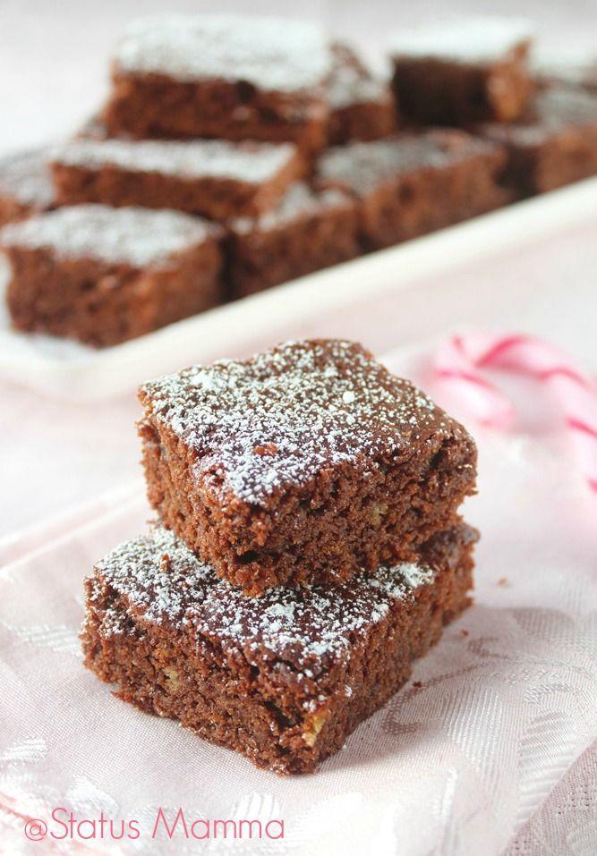 Brownies al pandoro |Se vi è avanzato del pandoro allora provate questi BROWNIES molto speciali. Ricetta facile. Attenzione causano dipendenza :D ! http://blog.giallozafferano.it/statusmamma/brownies-al-pandoro/