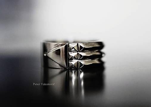 Altantis Luxor ring 585/1000 white gold