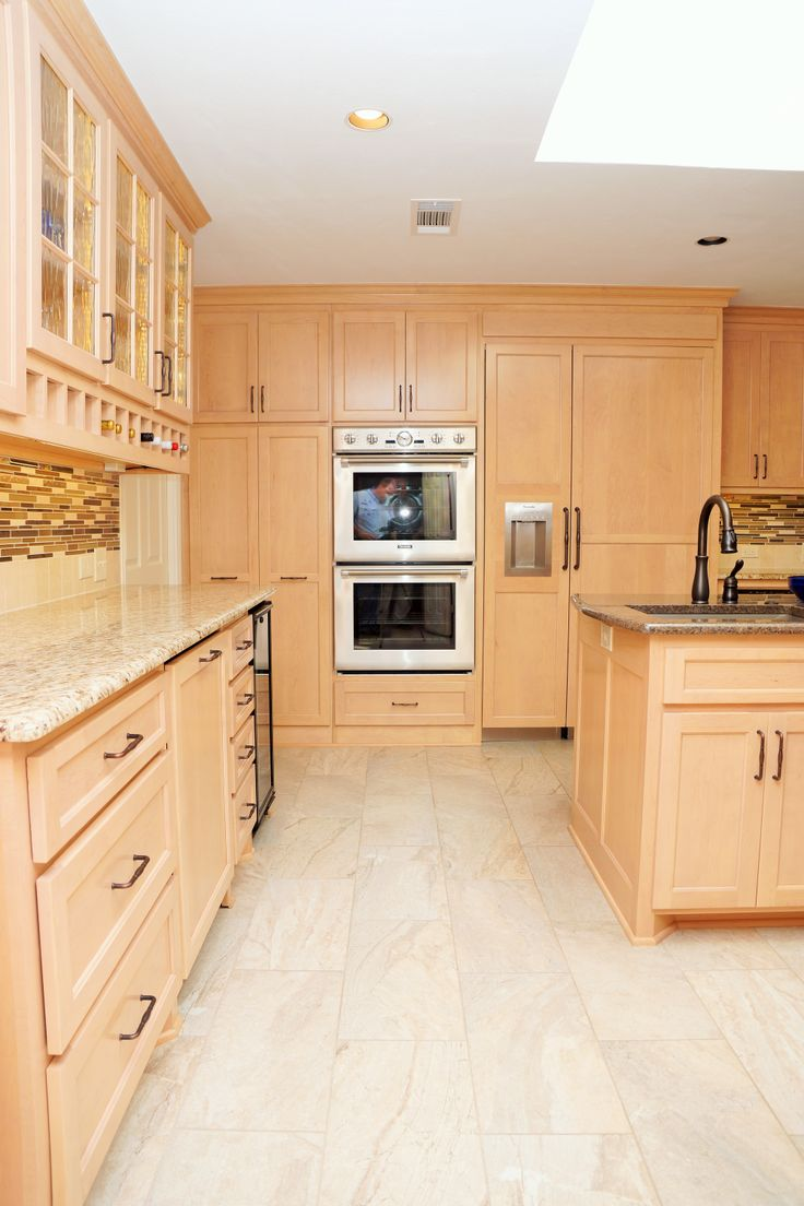 Light Maple Cabinets Stainless Steel Appliances Tan And