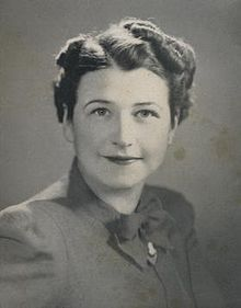 Today's WikiPick is Ruth Graves Wakefield, born today in 1903. Perhaps most would not recognize her name but just about everyone is familiar with what she invented - the chocolate chip cookie! Doesn't she look someone who would serve you a plate of warm cookies and a glass of cold milk?  #wikitree #genealogy
