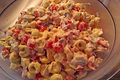 Tortellini - Salat mit Tomaten und Schinken 2