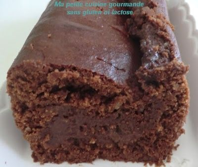 Aujourd'hui un dé-li-cieux fondant au chocolat et amande, préparé avec la farine de riz Exquidia. .. On a beaucoup de mal à ne pas en ma...