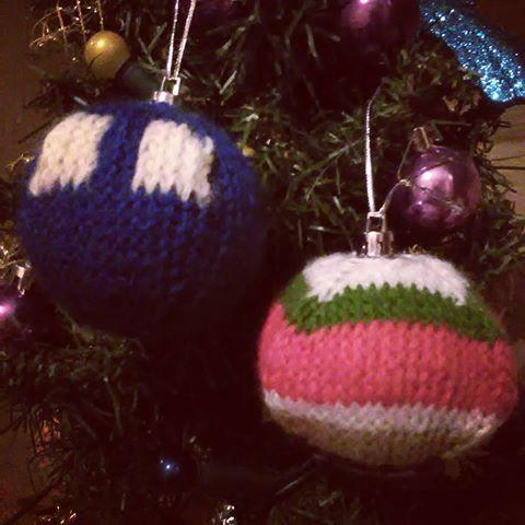 #christmas #nerdychristmas #doctorwho #whovian #tardis #nerd #geek #timeandspace #knitting #bbc #fourthdoctorscarf #handmade #dziewiarstwo #bombki #święta