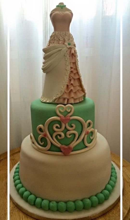 chiffon wedding cake 17 best images about wedding dress cakes on 12656