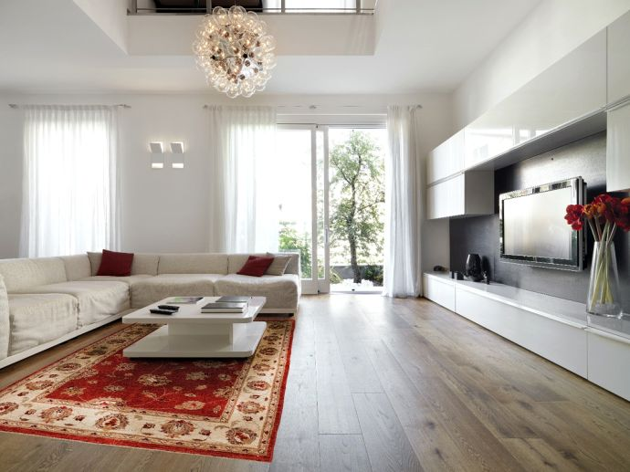 Another Example Of How Traditional Persian Rugs Can Be Used In Clean And  Modern Interiors.