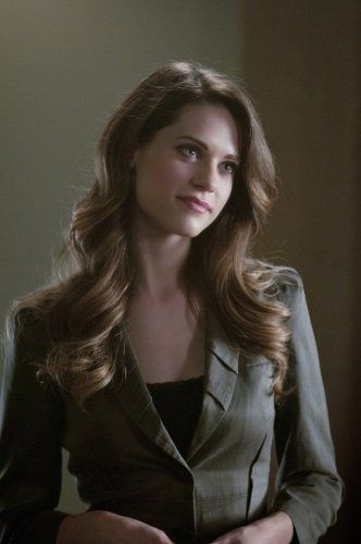 Lyndsy Fonseca hair style/color
