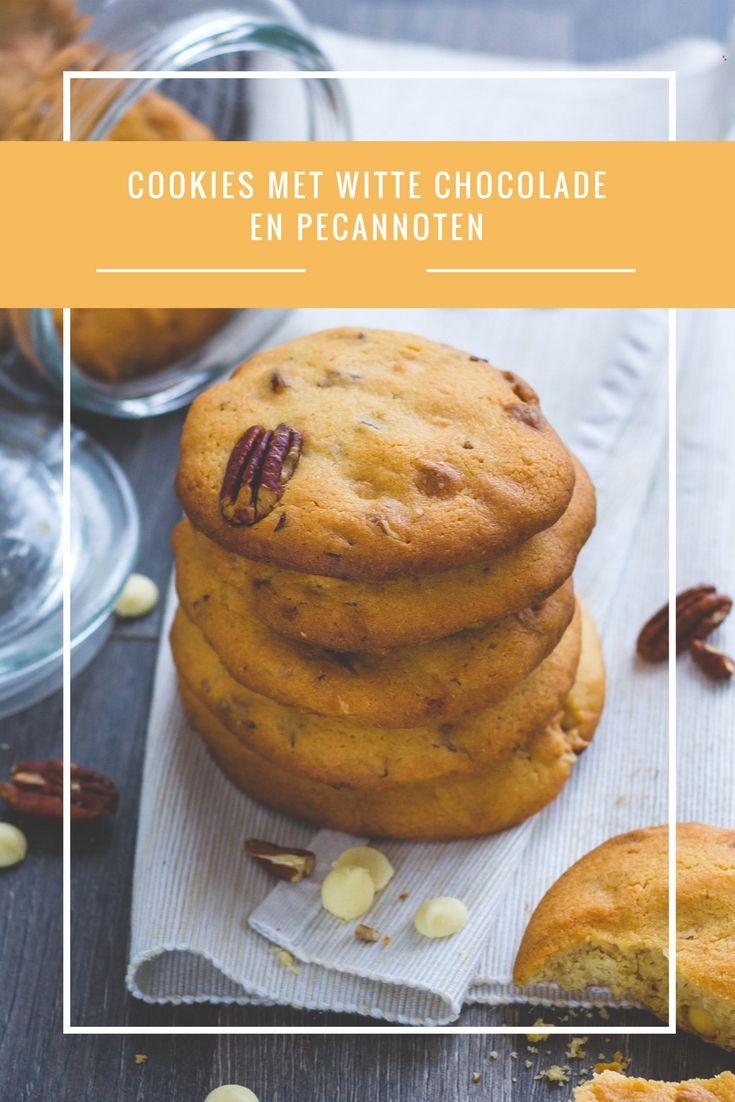 Cookies met witte chocolade en pecannoten - Onweerstaanbare koekjes met witte chocolade callets en pecannoten. Yes please! www.cookameal.be