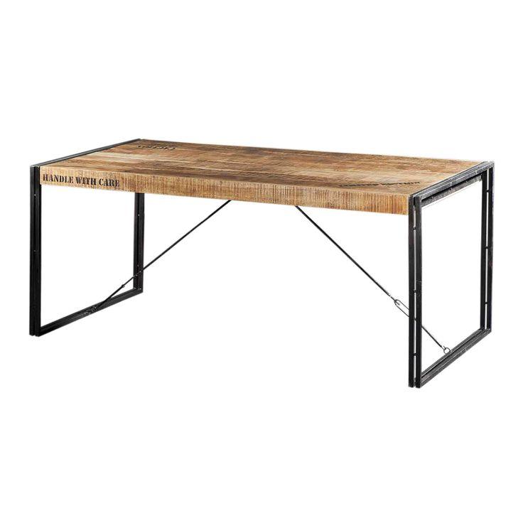 Tafel Iron 22012is een stoere eetkamertafel van Acacia hout. Delen