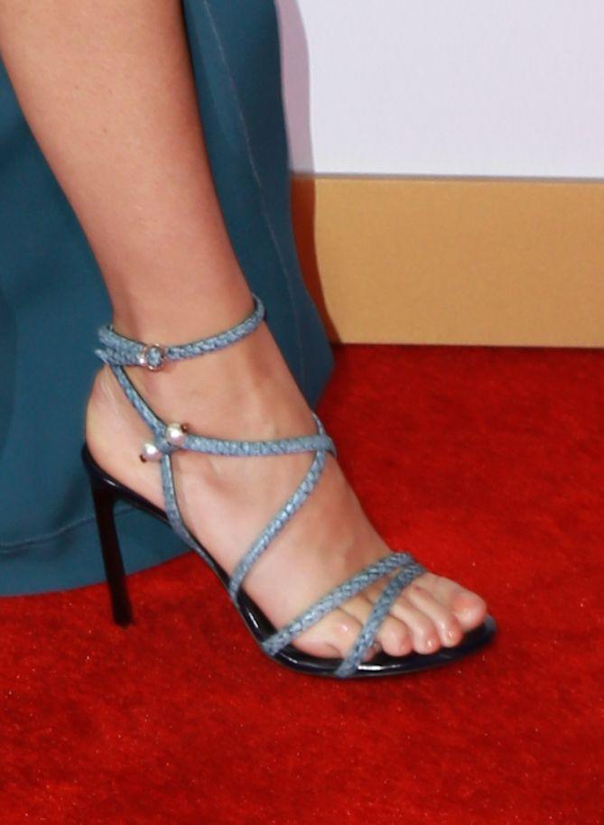 Gwyneth-Paltrow-Feet-1580154.jpg (669×914)