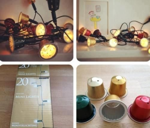 guirnalda de luces con capsulas recicladas