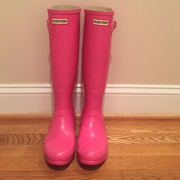 Pink Hunter Rain boots only worn a few times, in perfect condition! Hunter Boots Shoes Winter & Rain Boots