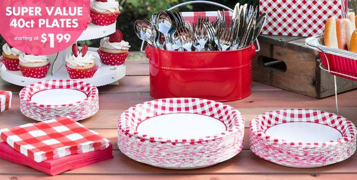 Gingham picnic design paper plates for cute theme and easy clean up #contest