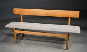 Køb og sælg sofaer - stofsofa, lædersofa, dansk design - Børge Mogensen. Bænk af egetræ, model 3171 - DK, Odense, Kratholmvej