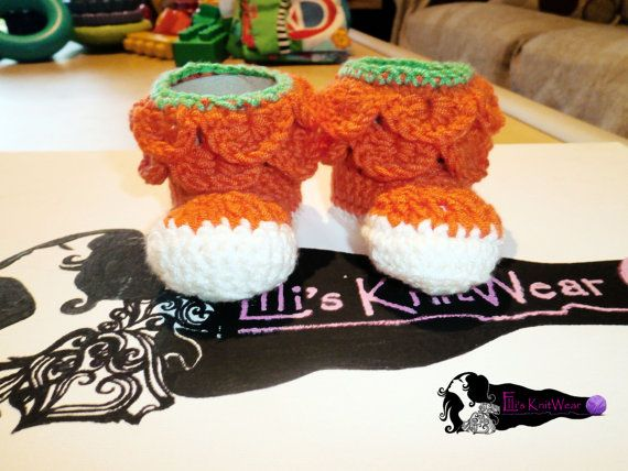 Baby Pumpkin Shoes by EllisKnitwearShop on Etsy