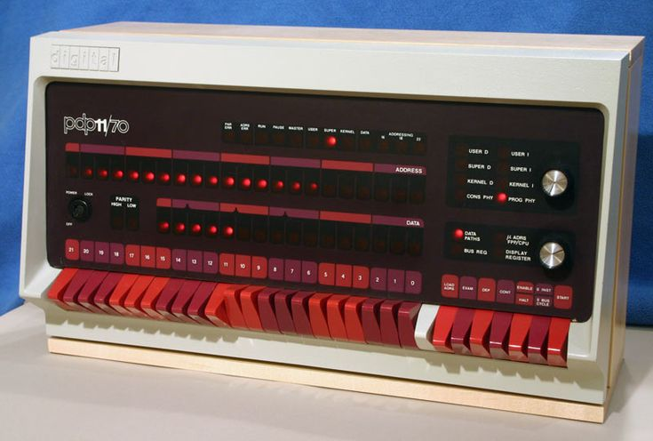 Re-animating the PDP-11/70