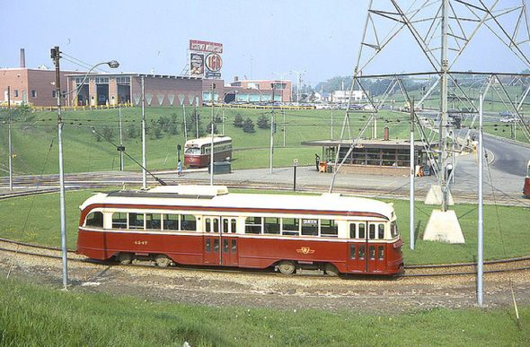 TTC Streetcar Loop 1960s- The station looks exactly the same today only streetcars & area changed.