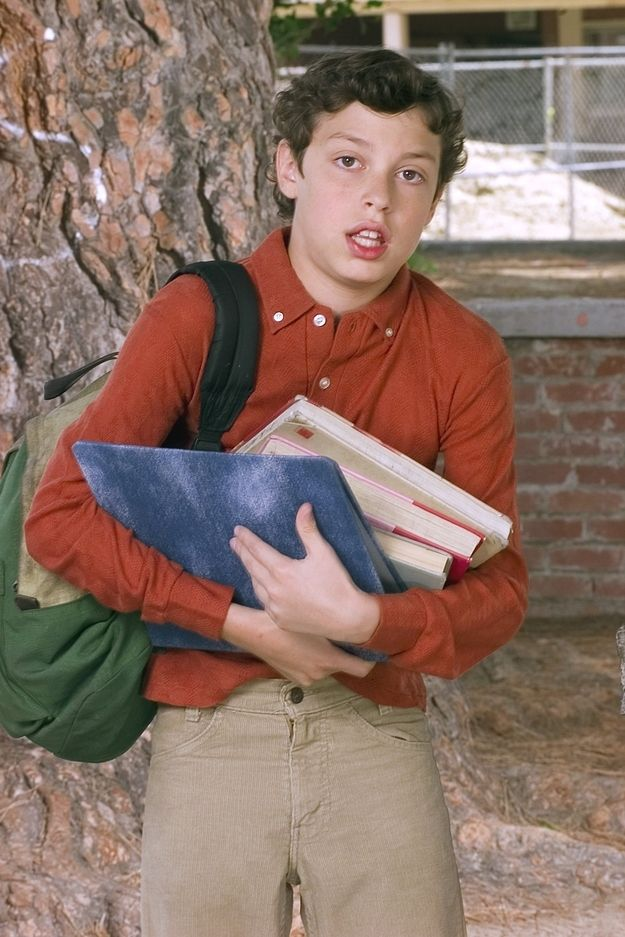 At age 13, John Francis Daley (who played Sam Weir) was the youngest cast member.