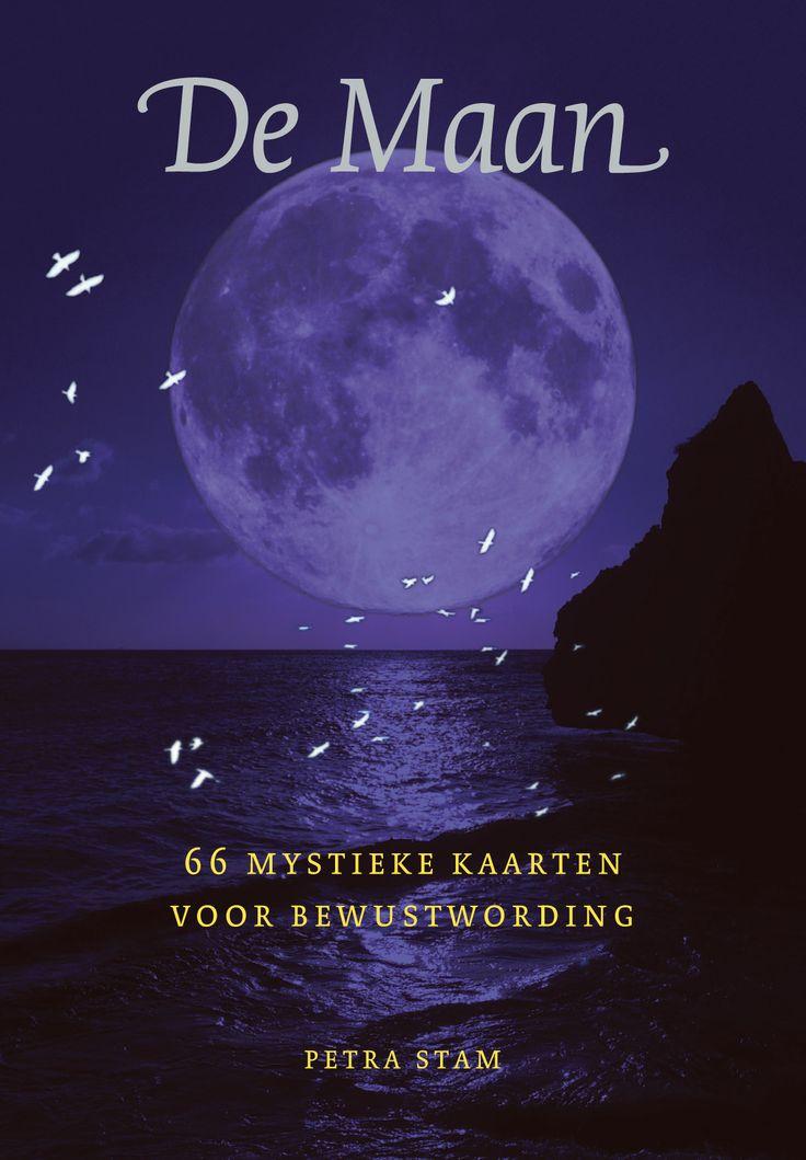 'De Maan - 66 mystieke kaarten voor bewustwording' van Petra Stam  http://www.a3boeken.nl/nl/webshop/de-maan-66-mystieke-kaarten-voor-bewustwording-petra-stam/