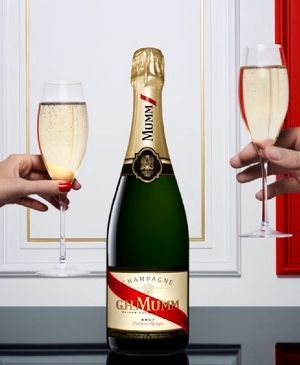 G.H.Mumm #champagne although not sure if worth it, seeing as wouldn't last long and is expensive