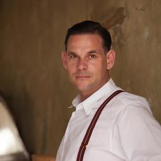 Johannes Lenau Freund von Richard, gespielt von Alexander Beyer