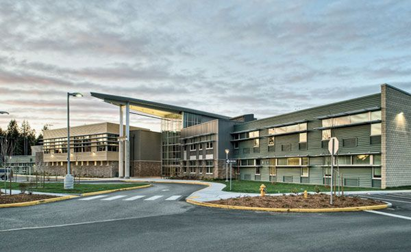 Lynnwood high school by bassetti architects buildings - Top interior design schools in california ...