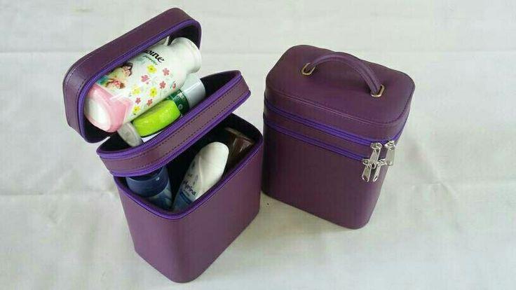 https://www.tokopedia.com/boxjam/tas-kosmetik-ungu-violet