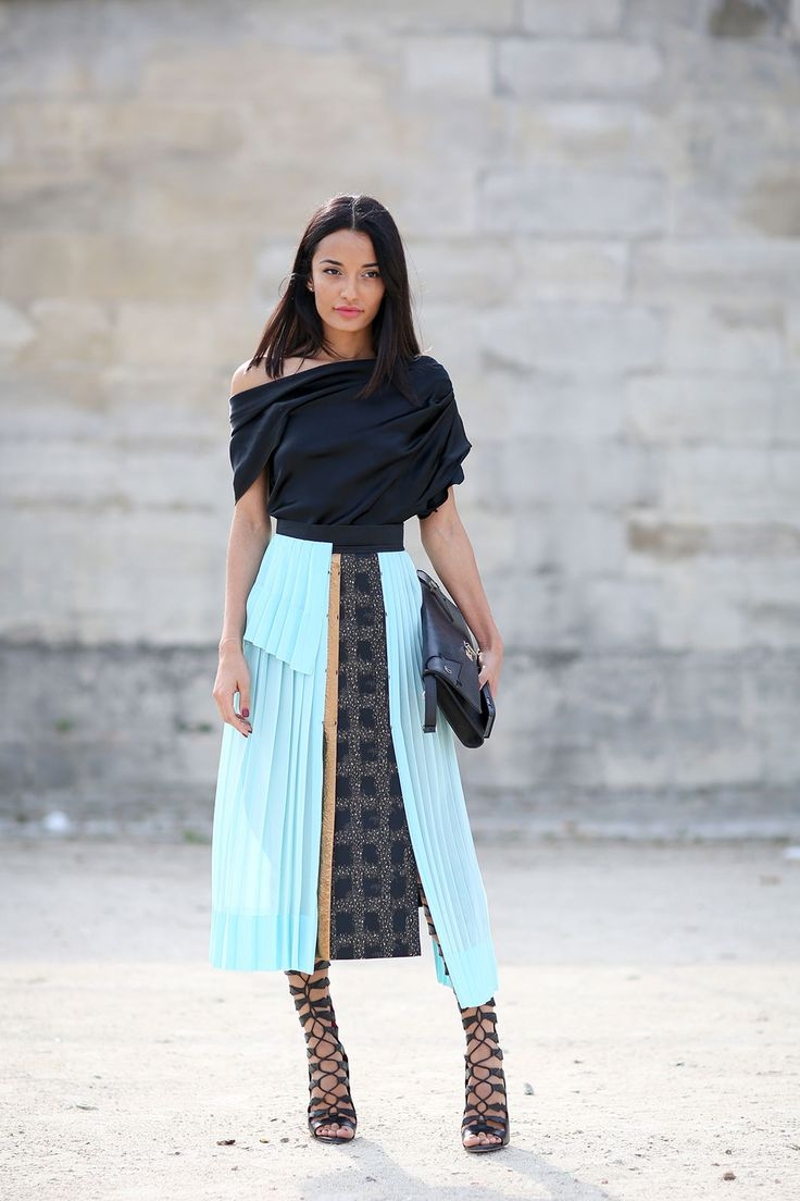 80 French Style Lessons To Learn Now #refinery29  http://www.refinery29.com/2014/10/75565/paris-street-style-photos-fashion-week-2014#slide57  Do: Take the time to work with strappy shoes. It's worth it!