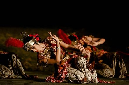 """a dance pose named """"Nglayang"""" This is me dancing Serimpi Pandelori at Candi Ratu Boko"""