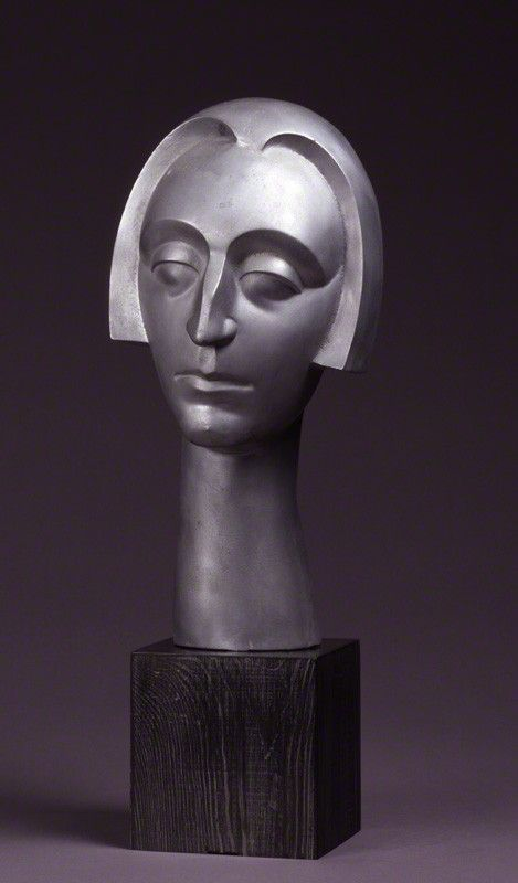 Dame Edith Sitwell by Maurice Lambert,  'ALUMINUM HEAD' (circa 1926-1927) Photograph © National Portrait Gallery, London