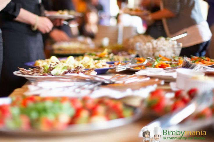 Buffet salato col Bimby, tante ricette gustose da fare in casa 4.19 (83.87%) 31 votes Organizzare festicciole casalinghe capita a tutti: compleanni di figli, nipoti, anniversari o eventi da festeggiare con gli amici. In fondo non c'è niente di più bello che condividere momenti felici con le persone a cui vogliamo bene e non c'è …