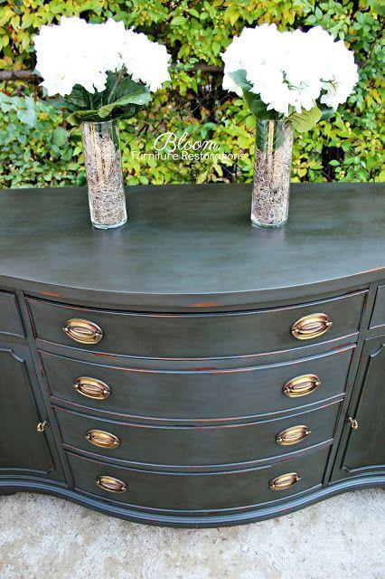 Annie sloan Graphite distressed buffet chalk paint wax